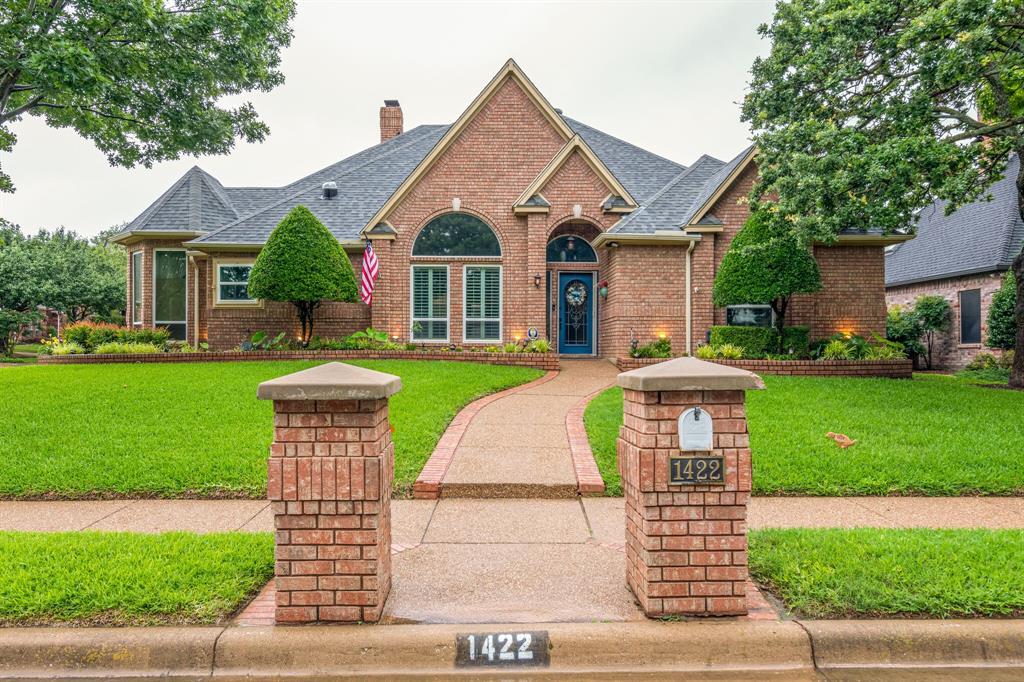 1422 Sweetgum  Circle, Keller, Texas 76248 - Acquisto Real Estate best plano realtor mike Shepherd home owners association expert