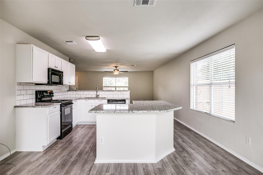 204 Star  Court, Red Oak, Texas 75154 - acquisto real estate best real estate company to work for