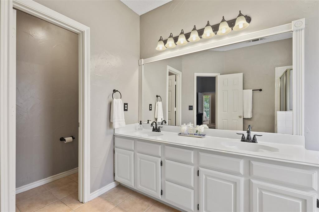 8105 Bells  Street, Frisco, Texas 75035 - acquisto real estate best new home sales realtor linda miller executor real estate