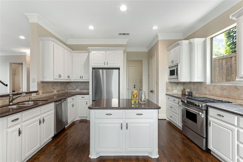 4929 Alcott  Street, Dallas, Texas 75206 - acquisto real estate best highland park realtor amy gasperini fast real estate service
