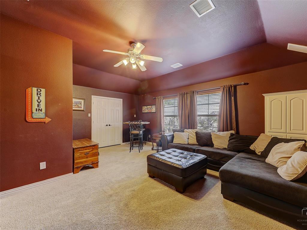 917 Cross Plains  Drive, Allen, Texas 75013 - acquisto real estate best negotiating realtor linda miller declutter realtor