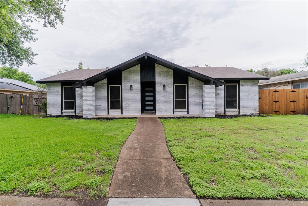 8601 Grumman  Drive, Dallas, Texas 75228 - Acquisto Real Estate best plano realtor mike Shepherd home owners association expert