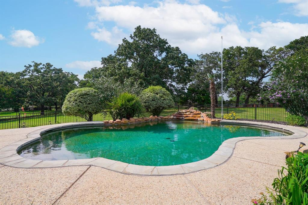 100 Maple Leaf  Double Oak, Texas 75077 - acquisto real estate best luxury home specialist shana acquisto