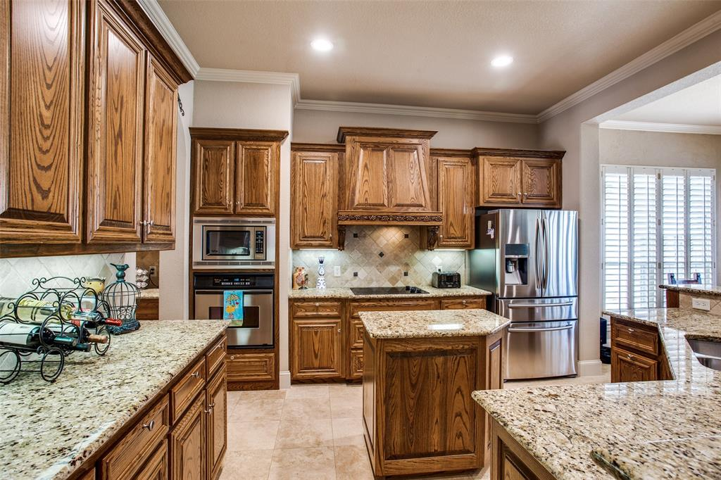 5902 St Ives  Court, Arlington, Texas 76017 - acquisto real estate best real estate company to work for