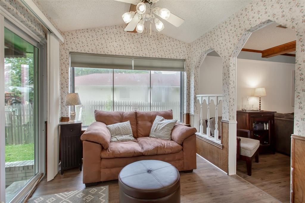 4321 Cinnabar  Drive, Dallas, Texas 75227 - acquisto real estate best designer and realtor hannah ewing kind realtor