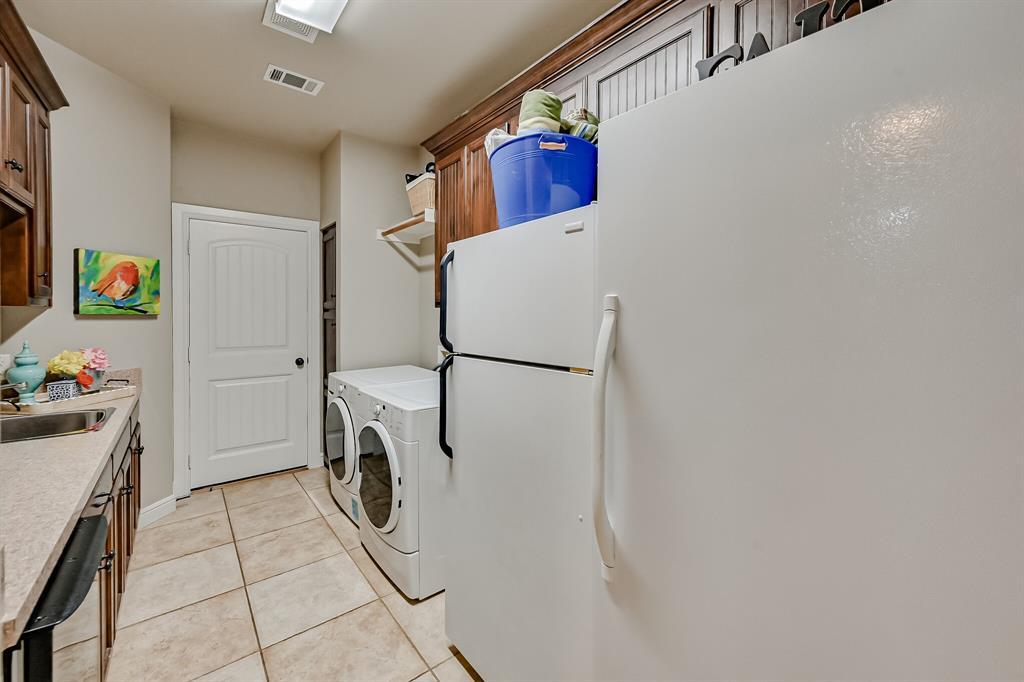 1040 Falcon Creek  Drive, Kennedale, Texas 76060 - acquisto real estate smartest realtor in america shana acquisto