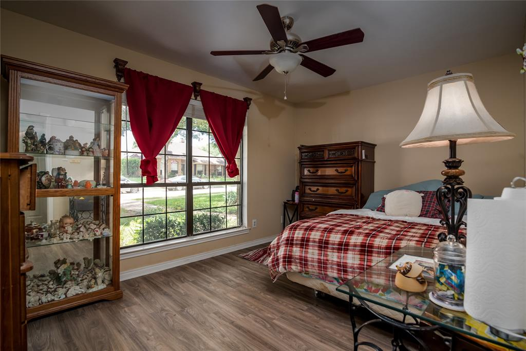 4002 Thornhill  Way, Rowlett, Texas 75088 - acquisto real estate best frisco real estate agent amy gasperini panther creek realtor
