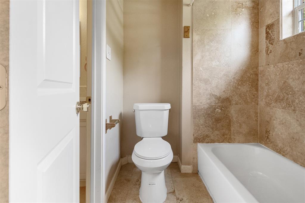 201 Bishop  Street, Alvarado, Texas 76009 - acquisto real estate best realtor dallas texas linda miller agent for cultural buyers