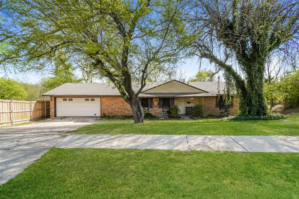 922 5th  Street, Grand Prairie, Texas 75051 - Acquisto Real Estate best plano realtor mike Shepherd home owners association expert