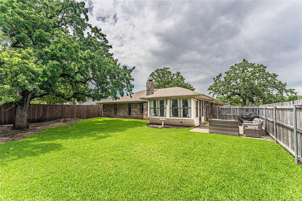 1026 Westminster  Lane, Mansfield, Texas 76063 - acquisto real estate best luxury home specialist shana acquisto