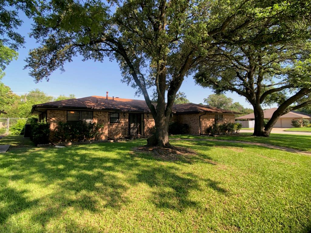 5100 South  Drive, Fort Worth, Texas 76132 - Acquisto Real Estate best frisco realtor Amy Gasperini 1031 exchange expert