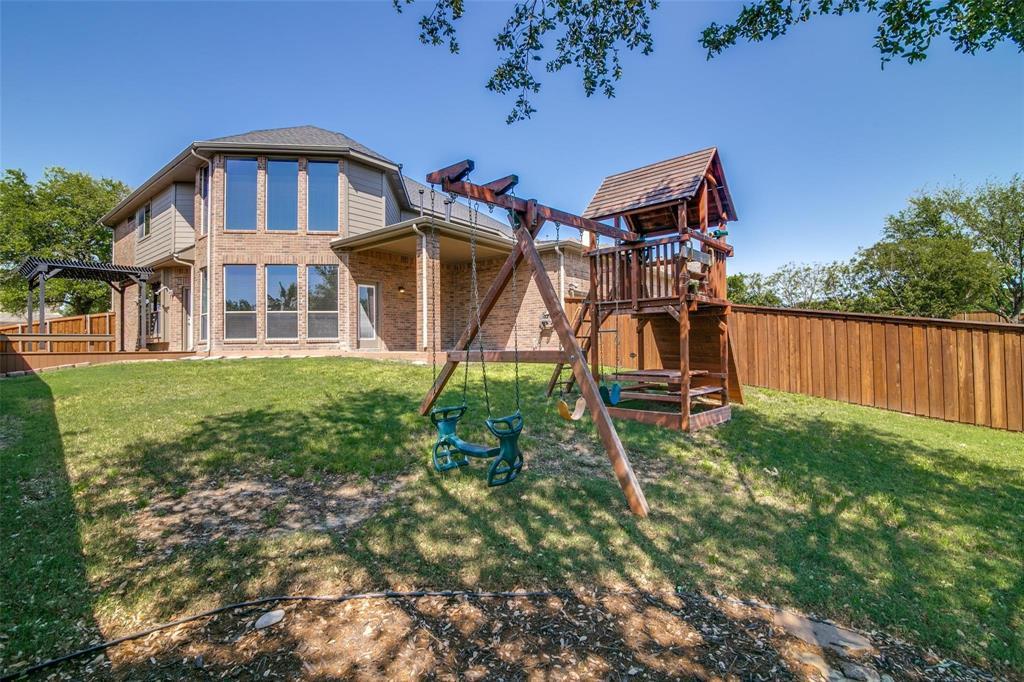 1350 Scarboro Hills  Lane, Rockwall, Texas 75087 - acquisto real estate best negotiating realtor linda miller declutter realtor
