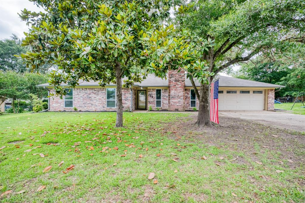 205 Helen  Drive, Lindale, Texas 75771 - Acquisto Real Estate best plano realtor mike Shepherd home owners association expert