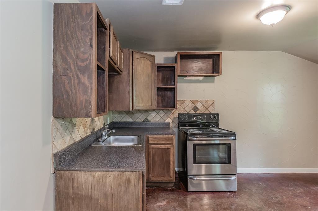 3111 Pecan  Street, Fort Worth, Texas 76106 - acquisto real estate best allen realtor kim miller hunters creek expert