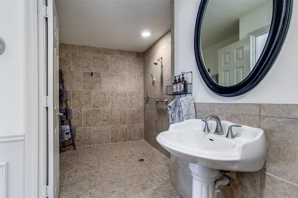 3928 Camino  Drive, Plano, Texas 75074 - acquisto real estate best realtor dallas texas linda miller agent for cultural buyers