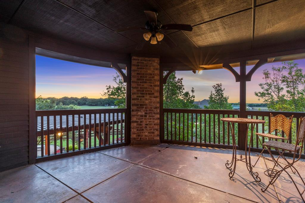 2 Groves  Circle, Argyle, Texas 76226 - acquisto real estate best real estate company to work for