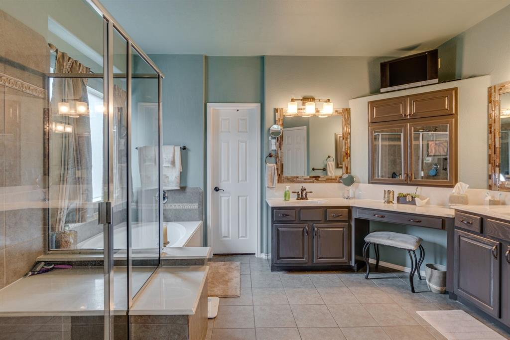 947 Yucca  Court, Burleson, Texas 76028 - acquisto real estate best realtor westlake susan cancemi kind realtor of the year