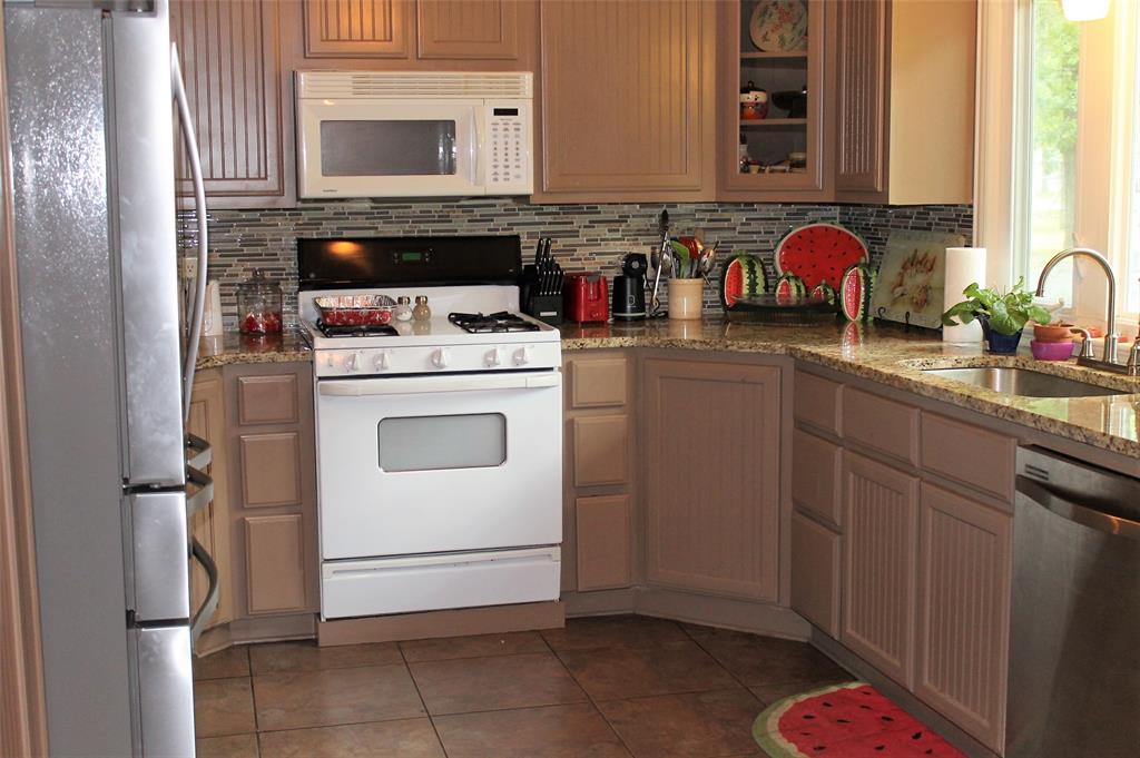 102 Las Brisas  Street, Gun Barrel City, Texas 75156 - acquisto real estate best investor home specialist mike shepherd relocation expert