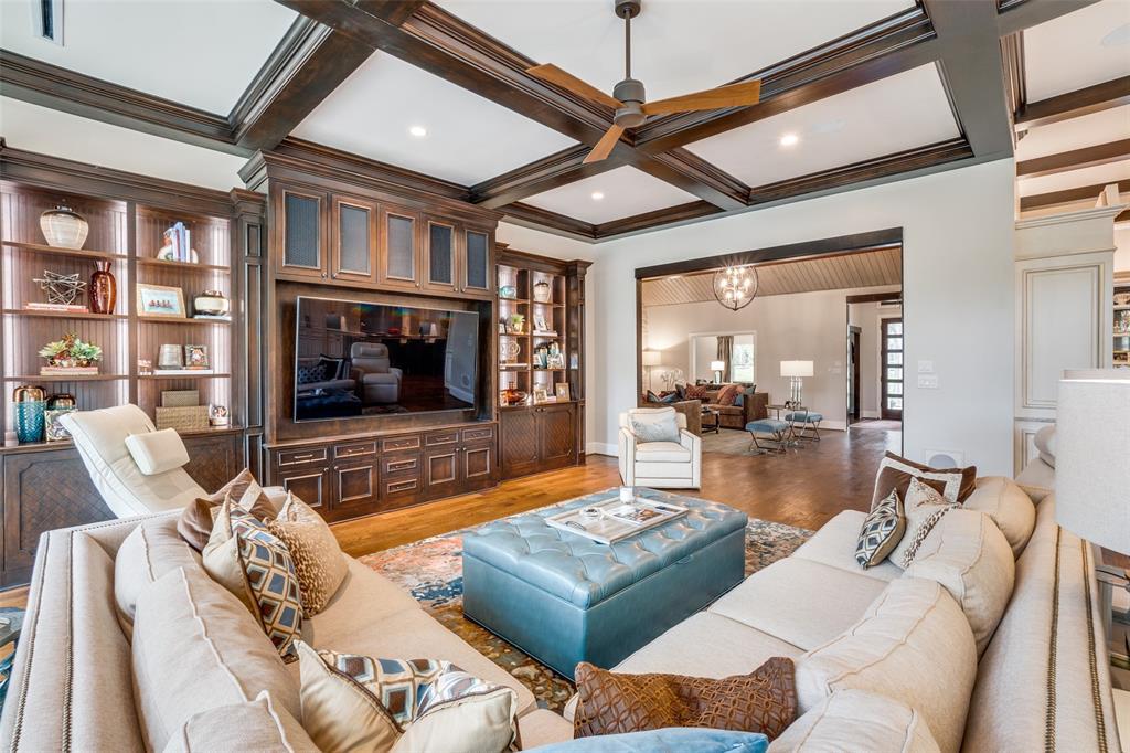 11232 Russwood  Circle, Dallas, Texas 75229 - acquisto real estate best realtor dfw jody daley liberty high school realtor