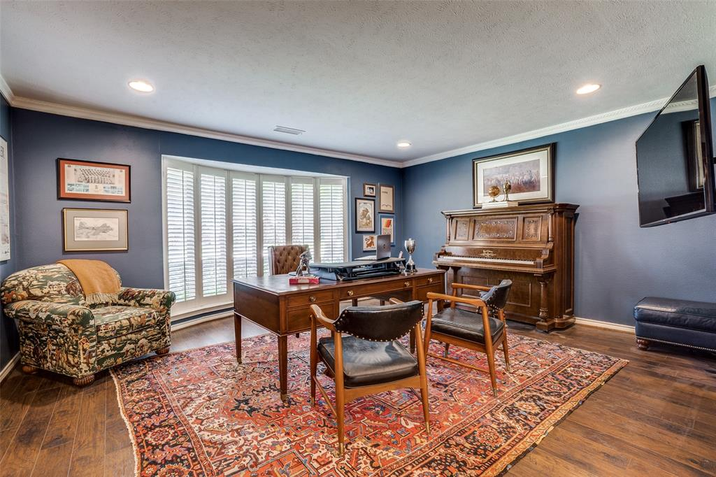 4240 Glenaire  Drive, Dallas, Texas 75229 - acquisto real estate best frisco real estate broker in texas for high net worth buyers