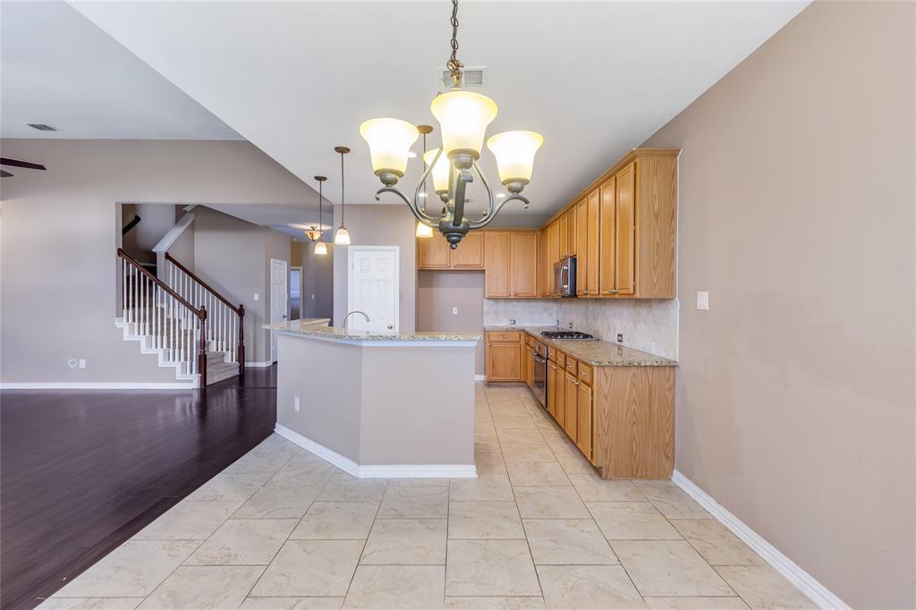 8098 Palisades  Drive, Frisco, Texas 75036 - acquisto real estate best highland park realtor amy gasperini fast real estate service