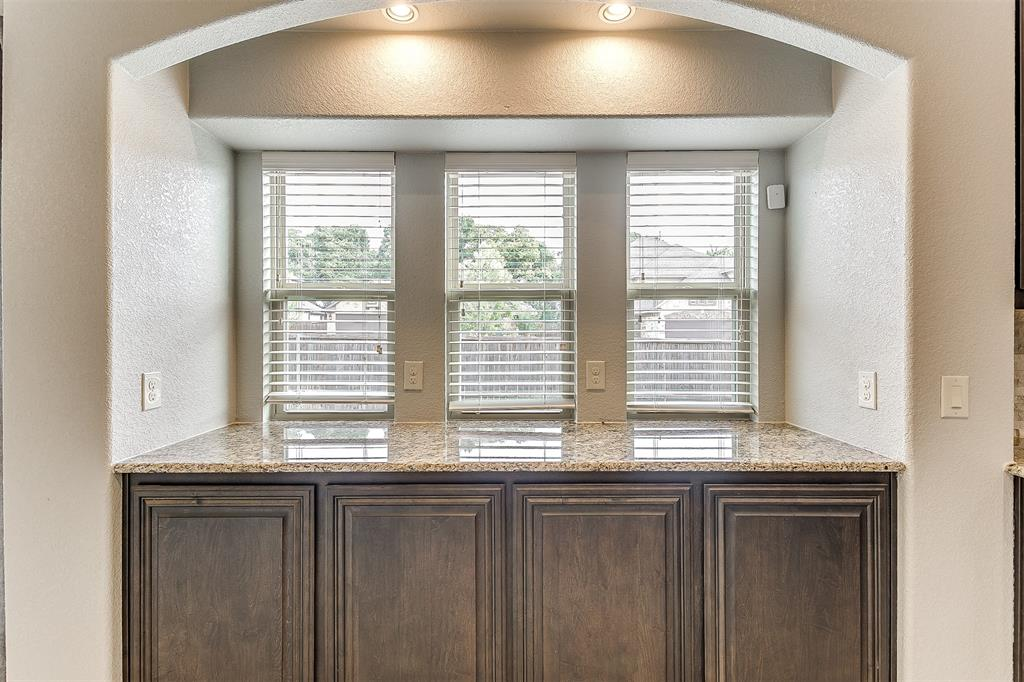 1000 Tarragon  Drive, Burleson, Texas 76028 - acquisto real estate best style realtor kim miller best real estate reviews dfw