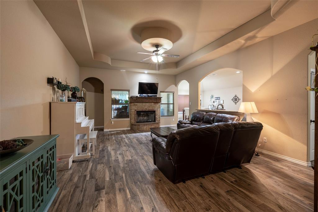 210 Sessums  Road, Springtown, Texas 76082 - acquisto real estate best real estate company in frisco texas real estate showings
