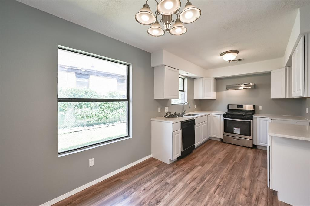 2401 Ben  Avenue, Fort Worth, Texas 76103 - acquisto real estate best listing agent in the nation shana acquisto estate realtor