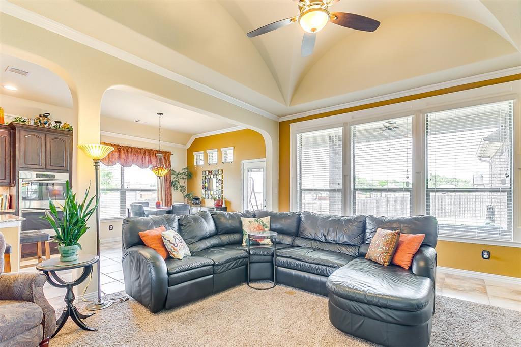 1172 Sapphire  Lane, Burleson, Texas 76058 - acquisto real estate best highland park realtor amy gasperini fast real estate service