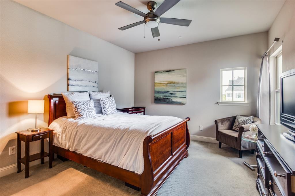 4215 Hickory Grove  Lane, Frisco, Texas 75033 - acquisto real estate best realtor foreclosure real estate mike shepeherd walnut grove realtor