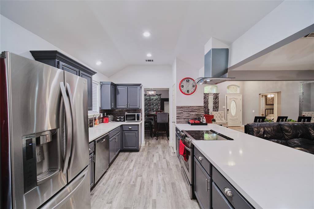 814 Springfield  Drive, Cedar Hill, Texas 75104 - acquisto real estate best highland park realtor amy gasperini fast real estate service