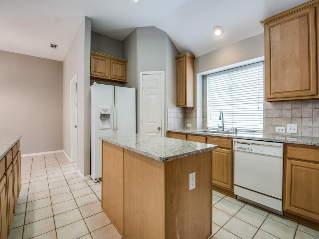 10005 Belfort  Drive, Frisco, Texas 75035 - acquisto real estate best real estate company in frisco texas real estate showings