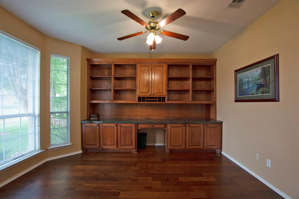 1701 Hill Creek  Drive, Garland, Texas 75043 - acquisto real estate best listing agent in the nation shana acquisto estate realtor