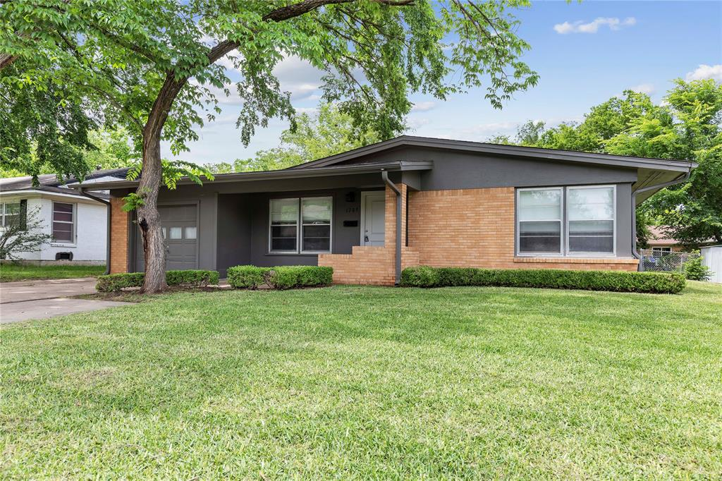 1703 College  Street, Sherman, Texas 75092 - Acquisto Real Estate best mckinney realtor hannah ewing stonebridge ranch expert