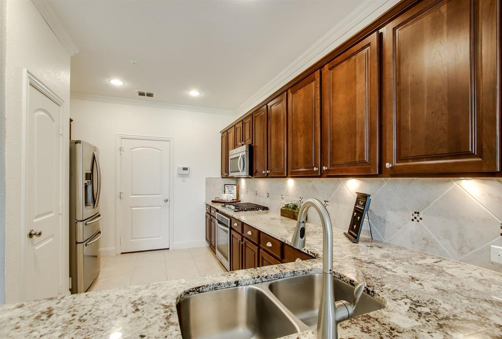 385 Busher  Drive, Lewisville, Texas 75067 - acquisto real estate best listing listing agent in texas shana acquisto rich person realtor