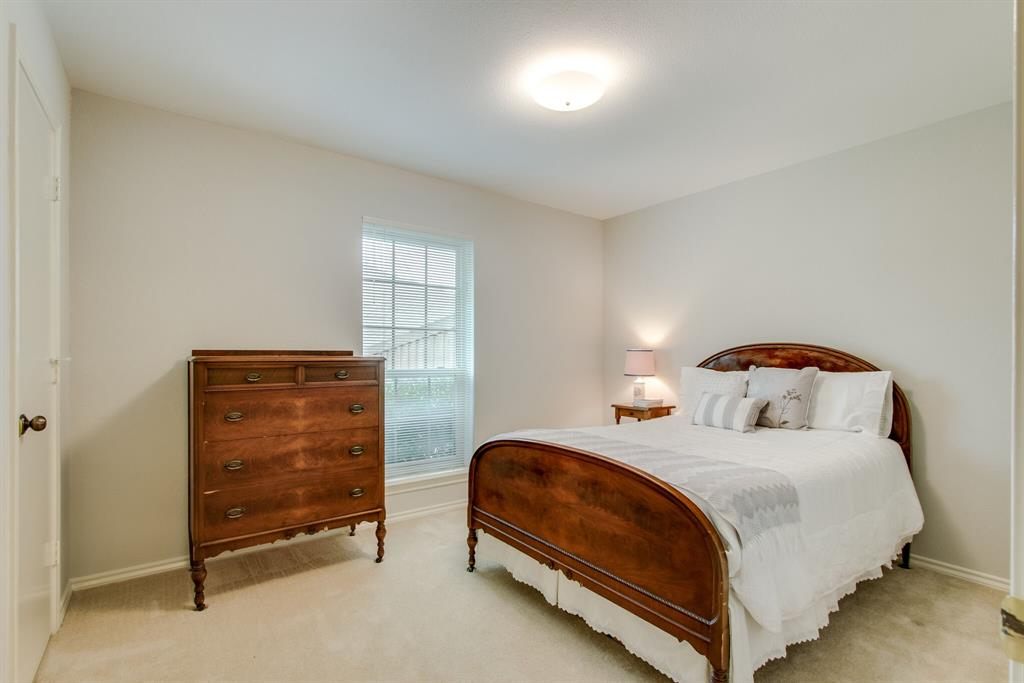 4009 Flintridge  Drive, Irving, Texas 75038 - acquisto real estate best photos for luxury listings amy gasperini quick sale real estate