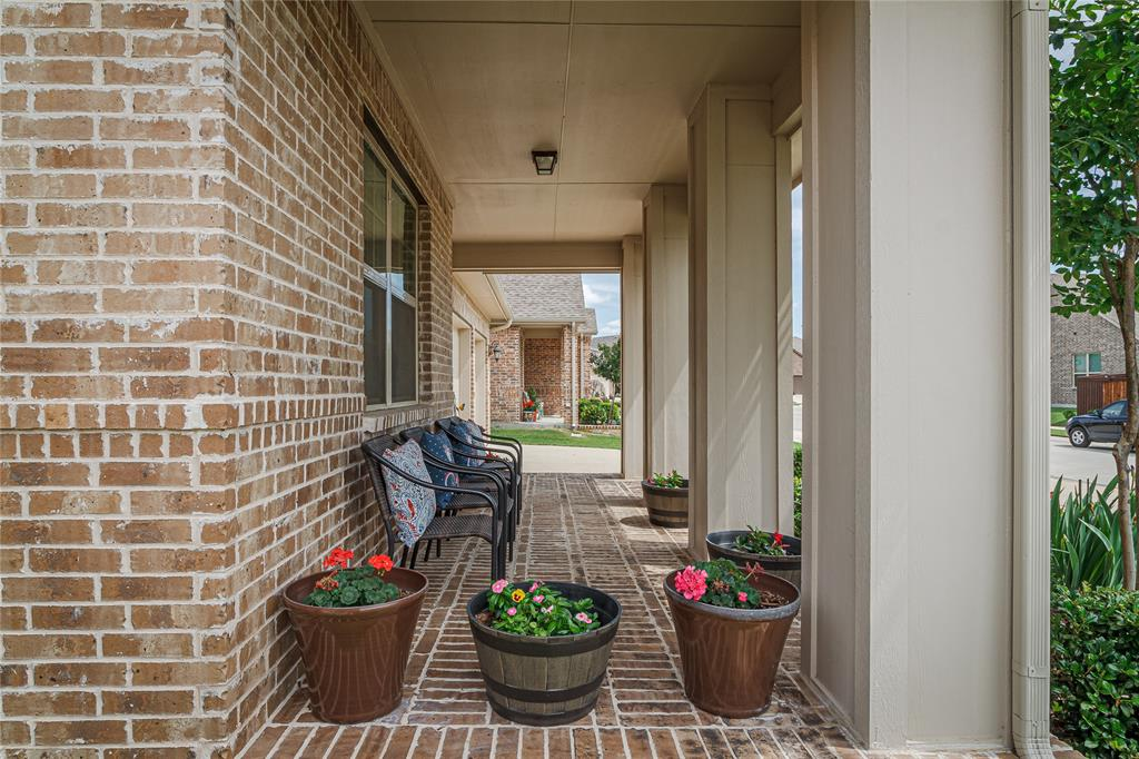 516 Caudle  Lane, Savannah, Texas 76227 - acquisto real estate best celina realtor logan lawrence best dressed realtor