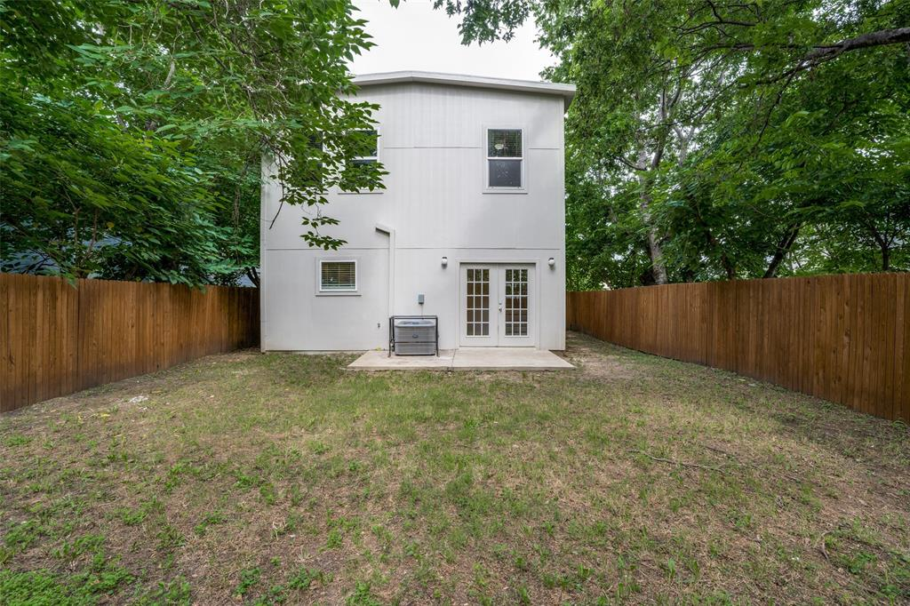 4018 Brundrette  Street, Dallas, Texas 75212 - acquisto real estate best realtor foreclosure real estate mike shepeherd walnut grove realtor