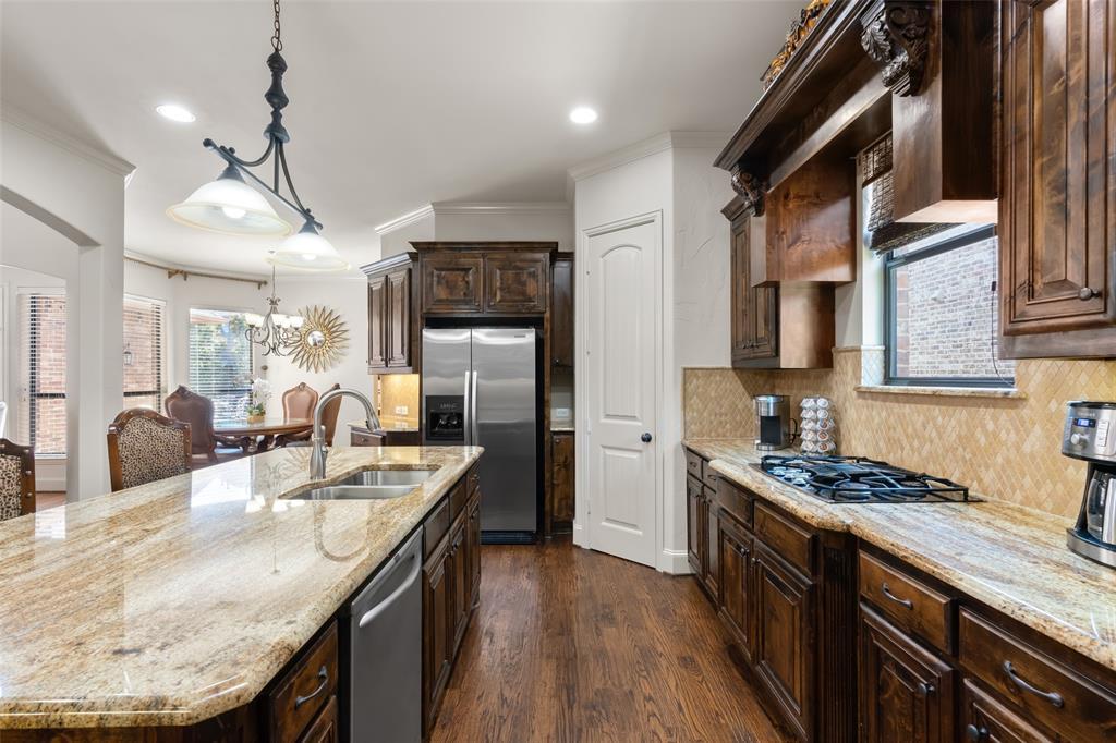 11150 Sugar Mill  Lane, Frisco, Texas 75033 - acquisto real estate best listing agent in the nation shana acquisto estate realtor
