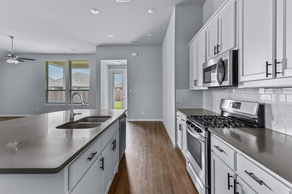 1506 Calcot  Lane, Forney, Texas 75126 - acquisto real estate best new home sales realtor linda miller executor real estate