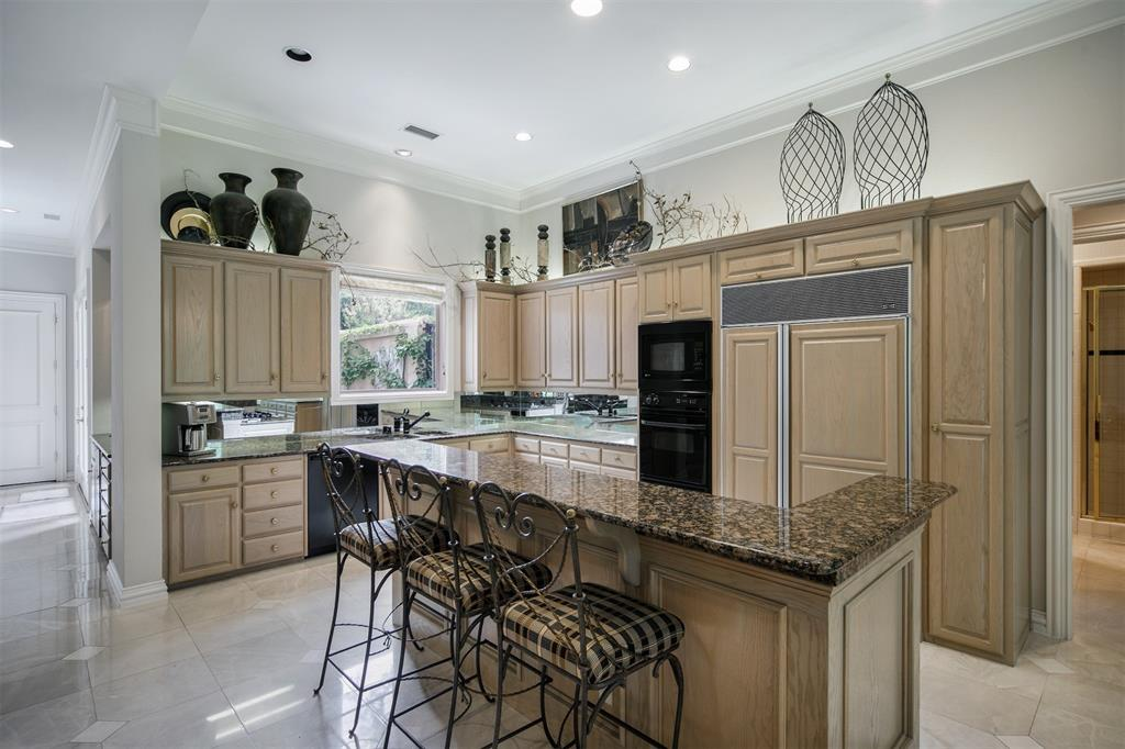 13203 Glad Acres  Drive, Farmers Branch, Texas 75234 - acquisto real estate best new home sales realtor linda miller executor real estate