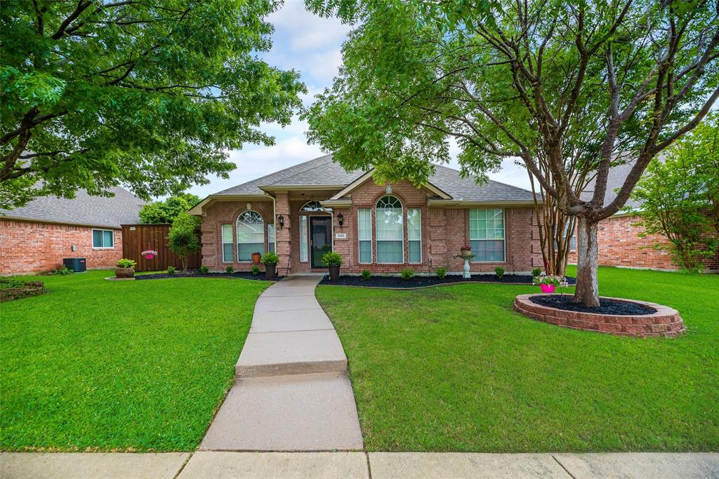 808 Amber  Court, Allen, Texas 75002 - Acquisto Real Estate best plano realtor mike Shepherd home owners association expert