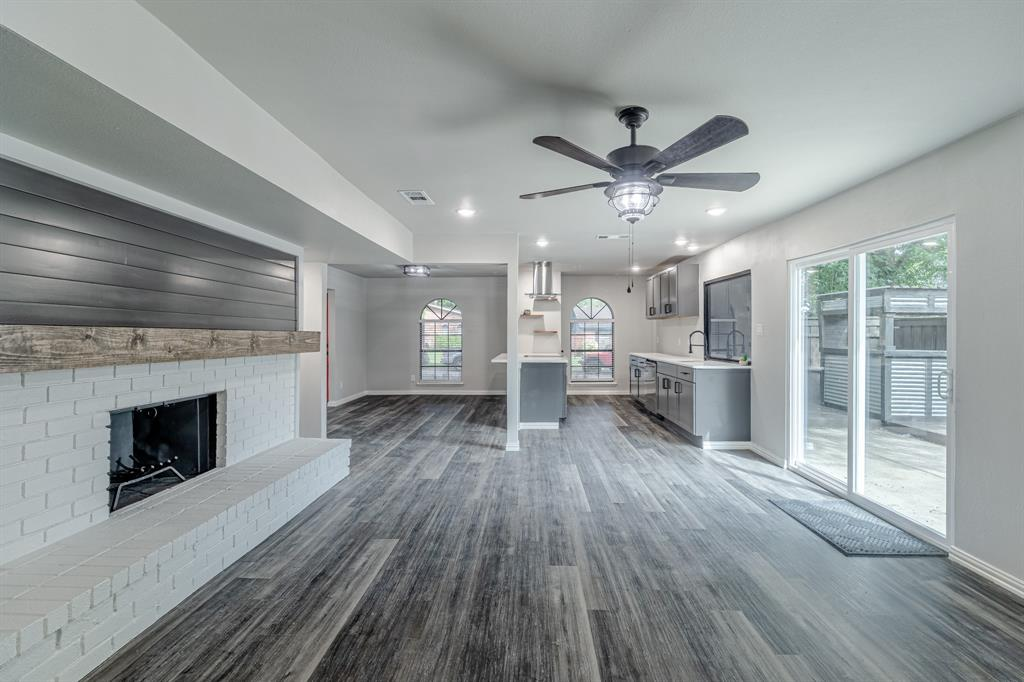 6221 Glenmoor  Drive, Garland, Texas 75043 - acquisto real estate best photos for luxury listings amy gasperini quick sale real estate
