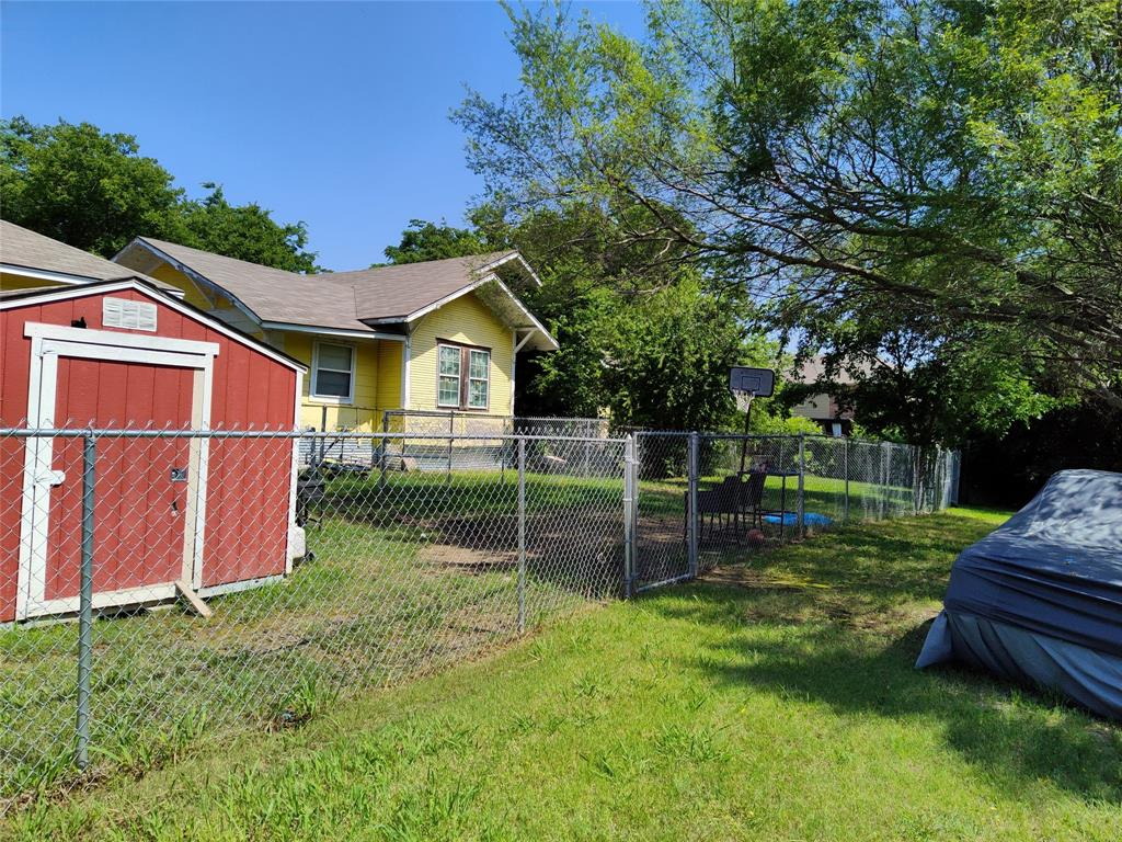830 Brown  Street, Wylie, Texas 75098 - acquisto real estate best the colony realtor linda miller the bridges real estate