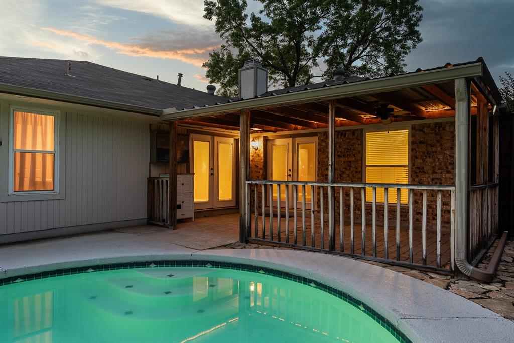 914 Placid  Drive, Mesquite, Texas 75150 - acquisto real estate best the colony realtor linda miller the bridges real estate