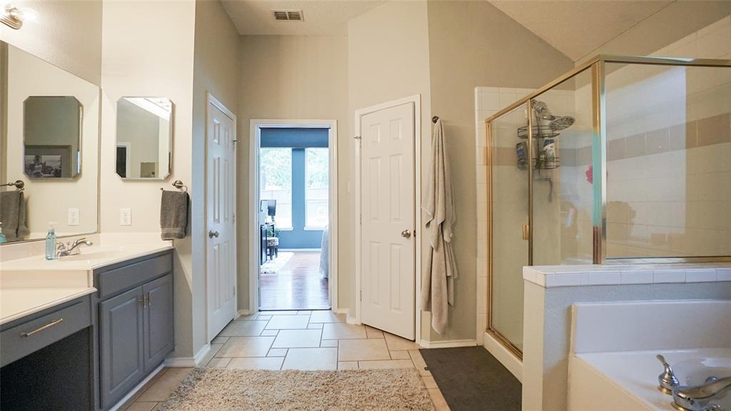 2506 Great Bear  Lane, Denton, Texas 76210 - acquisto real estate best realtor foreclosure real estate mike shepeherd walnut grove realtor