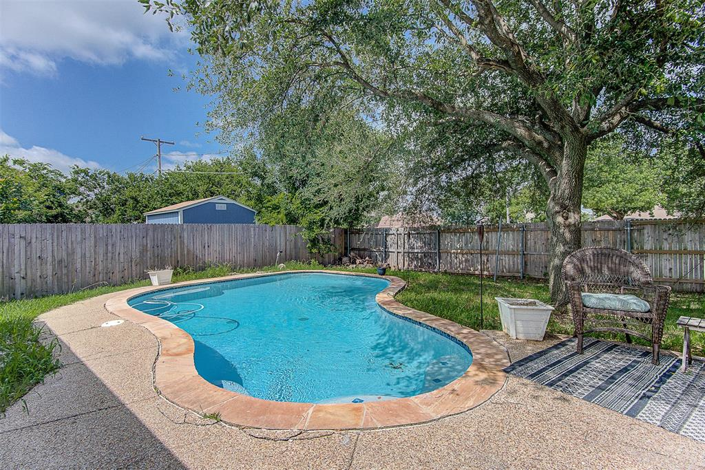 6406 Brookgrove  Court, Arlington, Texas 76018 - acquisto real estate best photos for luxury listings amy gasperini quick sale real estate