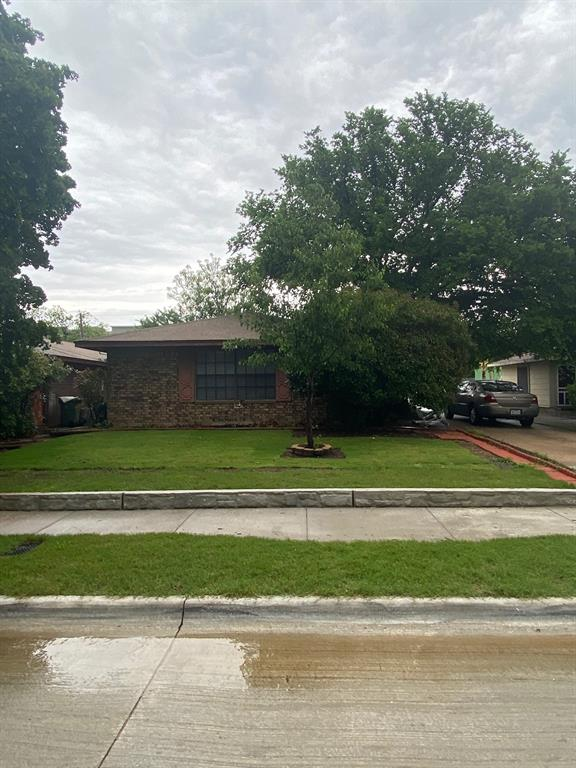 105 Ray  Street, Arlington, Texas 76010 - Acquisto Real Estate best frisco realtor Amy Gasperini 1031 exchange expert
