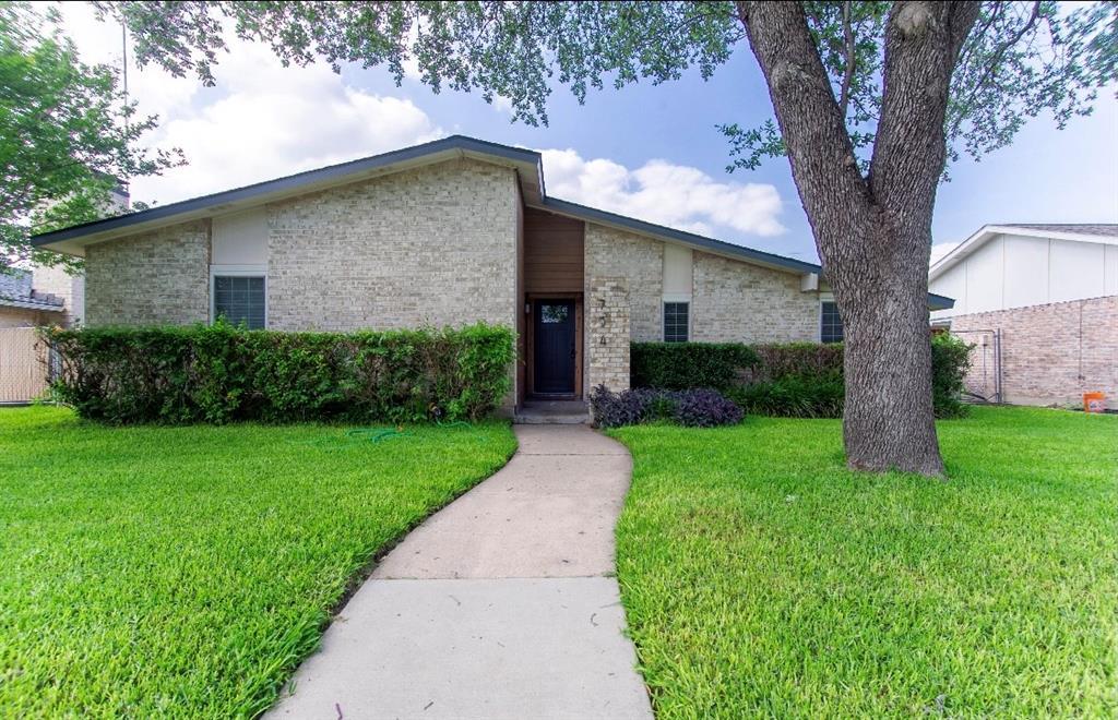 734 Echo  Drive, Grand Prairie, Texas 75052 - Acquisto Real Estate best frisco realtor Amy Gasperini 1031 exchange expert