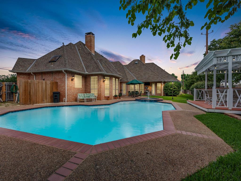 205 Madison  Square, Colleyville, Texas 76034 - acquisto real estate best luxury home specialist shana acquisto
